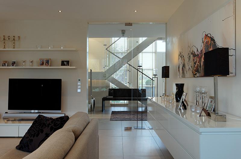 modernes haus team kreativ. Black Bedroom Furniture Sets. Home Design Ideas
